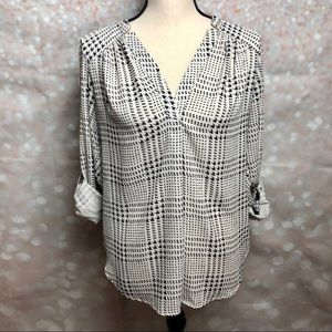 41 Hawthorn Houndstooth Blouse